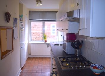 Thumbnail 1 bed flat to rent in Addison Way, London