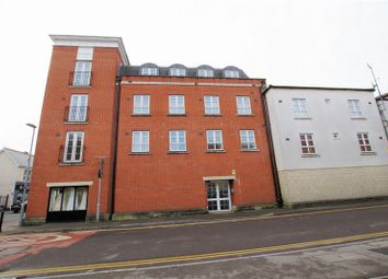 Thumbnail 2 bed flat for sale in Bradford Road, Swindon