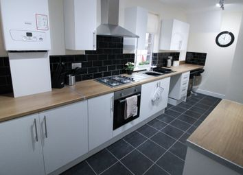 Thumbnail 5 bed shared accommodation to rent in Doncaster Lane, Woodlands