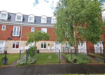 Thumbnail 4 bed town house for sale in Upton Rocks Avenue, Widnes