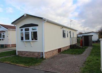 Thumbnail 2 bedroom mobile/park home for sale in Houndstone Park, Brympton, Yeovil