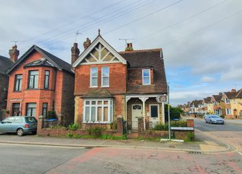 1 bed maisonette to rent in Cantelupe Road, East Grinstead RH19