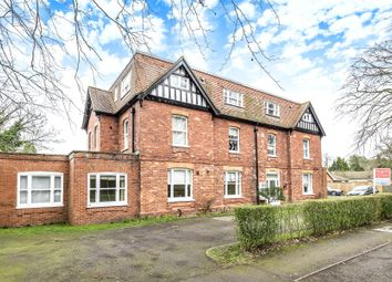 Thumbnail 2 bedroom flat for sale in Cromwell Avenue, Woodhall Spa