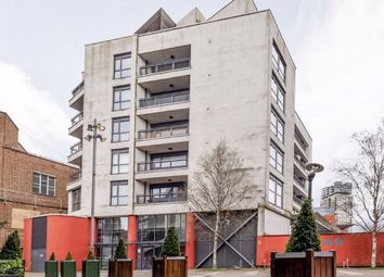 1 bed flat to rent in Salway Place, London E15