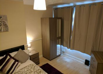 Thumbnail 4 bed shared accommodation to rent in Parkside Avenue, Bexleyheath