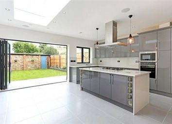 4 bed semi-detached house to rent in Pitsanger Lane, Pitshanger Lane W5