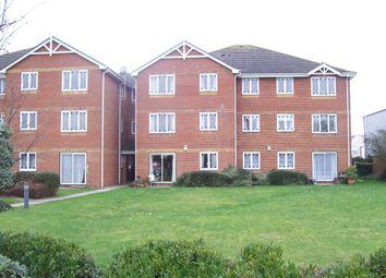 2 bed flat to rent in Kings Lodge, Benfleet Road, Benfleet, Essex SS7