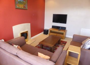 2 bed flat to rent in Balmoral Terrace, Aberdeen AB10