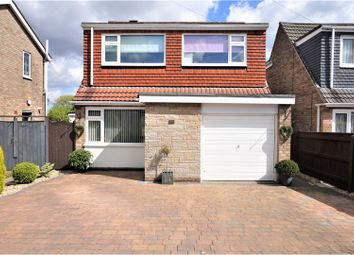 Thumbnail 3 bed detached house for sale in Picksley Crescent, Holton-Le-Clay