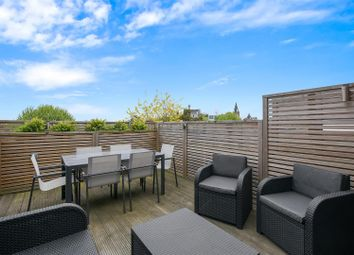 Thumbnail 3 bed flat for sale in Gladsmuir Road, London
