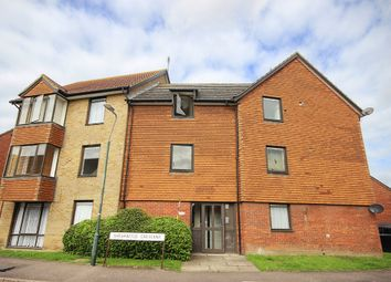 Thumbnail 1 bedroom flat for sale in Shearwood Crescent, Crayford, Dartford