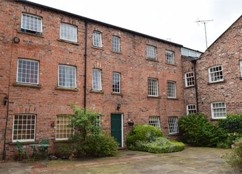 Thumbnail 1 bed flat to rent in Catherine Street, Macclesfield, Cheshire
