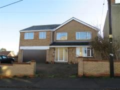 Thumbnail 6 bed detached house to rent in Park Road, Raunds, Wellingborough