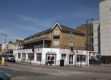 Thumbnail 1 bed flat to rent in London Road, Westcliff