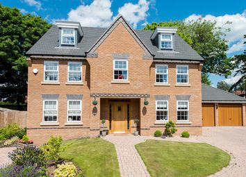Thumbnail 5 bed detached house for sale in Carters Gardens, Kidderminster