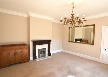 Thumbnail 2 bed flat to rent in Portsmouth Lane, Lindfield, Haywards Heath