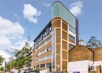 Thumbnail 2 bed flat to rent in De-Beauvoir Crescent, De-Beauvoir, London