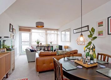 2 bed maisonette for sale in Cottage Street, London E14