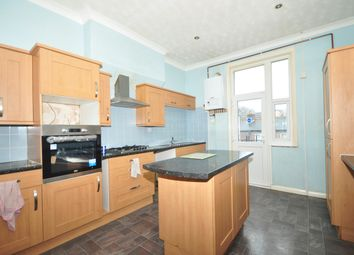 Thumbnail 4 bed maisonette to rent in Grove Road South, Southsea