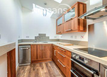 3 bed flat to rent in Bakehouse Gardens, Aldershot Road, Church Crookham, Fleet GU52