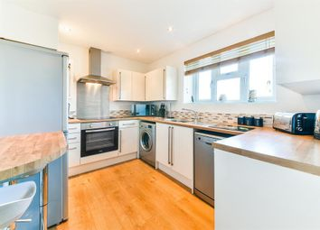 Thumbnail 1 bed flat for sale in Nailsworth Crescent, Merstham
