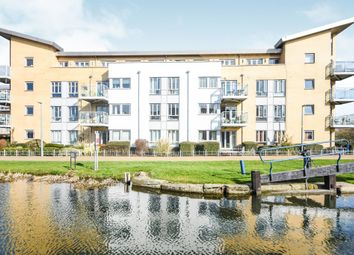 Thumbnail 2 bedroom flat for sale in Lockside Marina, Chelmsford