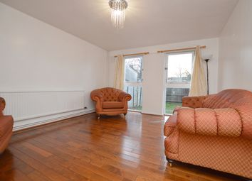 3 bed maisonette to rent in Solomons Passage, London SE15