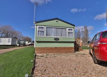 Thumbnail 2 bedroom mobile/park home for sale in Crow Lane, Northampton