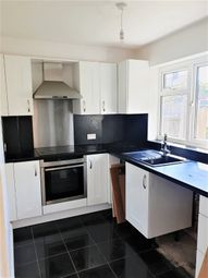 Thumbnail 1 bed flat to rent in Ashwood Avenue, Essex