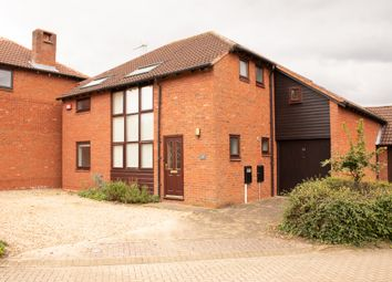 Thumbnail 4 bed detached house to rent in Pyxe Court, Milton Keynes