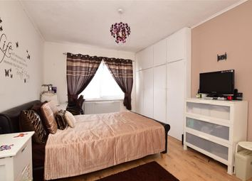 Thumbnail 1 bed maisonette for sale in Whalebone Lane North, Chadwell Heath, Essex