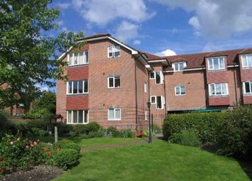 Thumbnail 2 bedroom flat to rent in Oddfellows Road, Newbury
