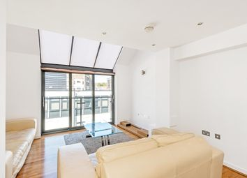 Thumbnail 2 bed flat to rent in Wakley Street, Islington, London
