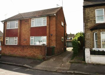 Thumbnail Studio to rent in Rectory Road, Stanford-Le-Hope