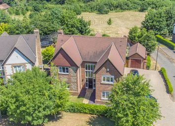 Thumbnail 5 bed detached house for sale in Meadow View, Redbourn, Hertfordshire