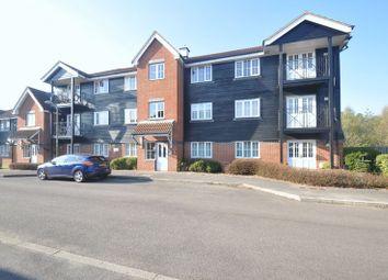 Thumbnail 2 bed flat for sale in Flat 6, Woodfalls, Twyford Close, Fleet