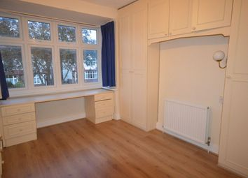 Thumbnail Room to rent in Sandringham Road, Worcester Park