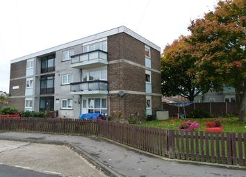 Thumbnail 2 bed flat to rent in Braxell Lawn, Havant