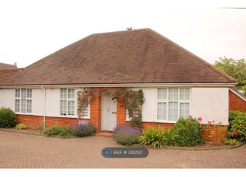 10 bed detached house to rent in Cressingham Road, Reading RG2