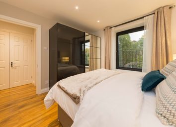 Thumbnail 1 bed flat to rent in Clarendon Road, Holland Park