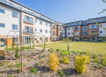 Thumbnail Flat for sale in Fernleigh, Buttercross Lane, Witney, Oxon
