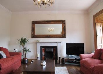 Thumbnail 2 bed flat to rent in Elm Row, Edinburgh