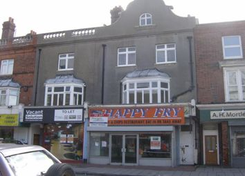 Thumbnail 3 bedroom flat to rent in Northdown Road, Cliftonville, Margate