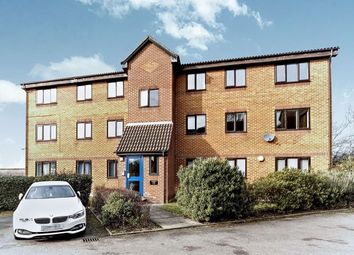 2 bed flat for sale in Cumberland Place, London SE6