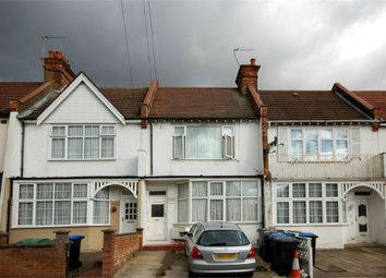 Thumbnail 1 bed flat to rent in Park Road, Wembley