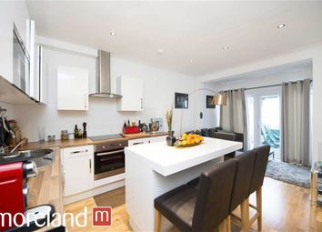 Thumbnail 2 bedroom flat to rent in Hampstead Gardens, London