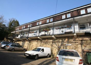 Thumbnail 1 bed flat to rent in Station Hill, Wadhurst