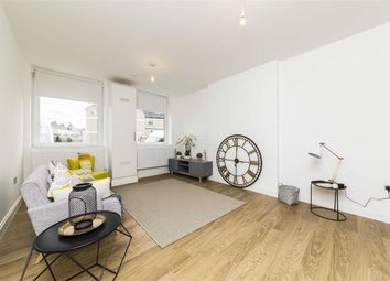 Thumbnail 2 bedroom flat for sale in Osborne Road, Thornton Heath