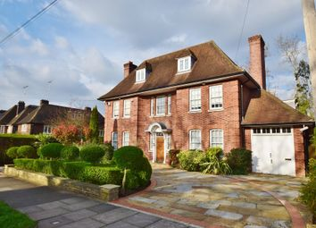 Thumbnail 6 bed property to rent in Holne Chase, London