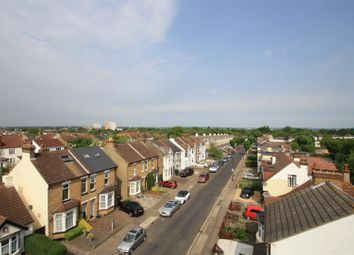 Thumbnail 2 bedroom flat for sale in Pickfords Building, Priory Avenue, Southend-On-Sea